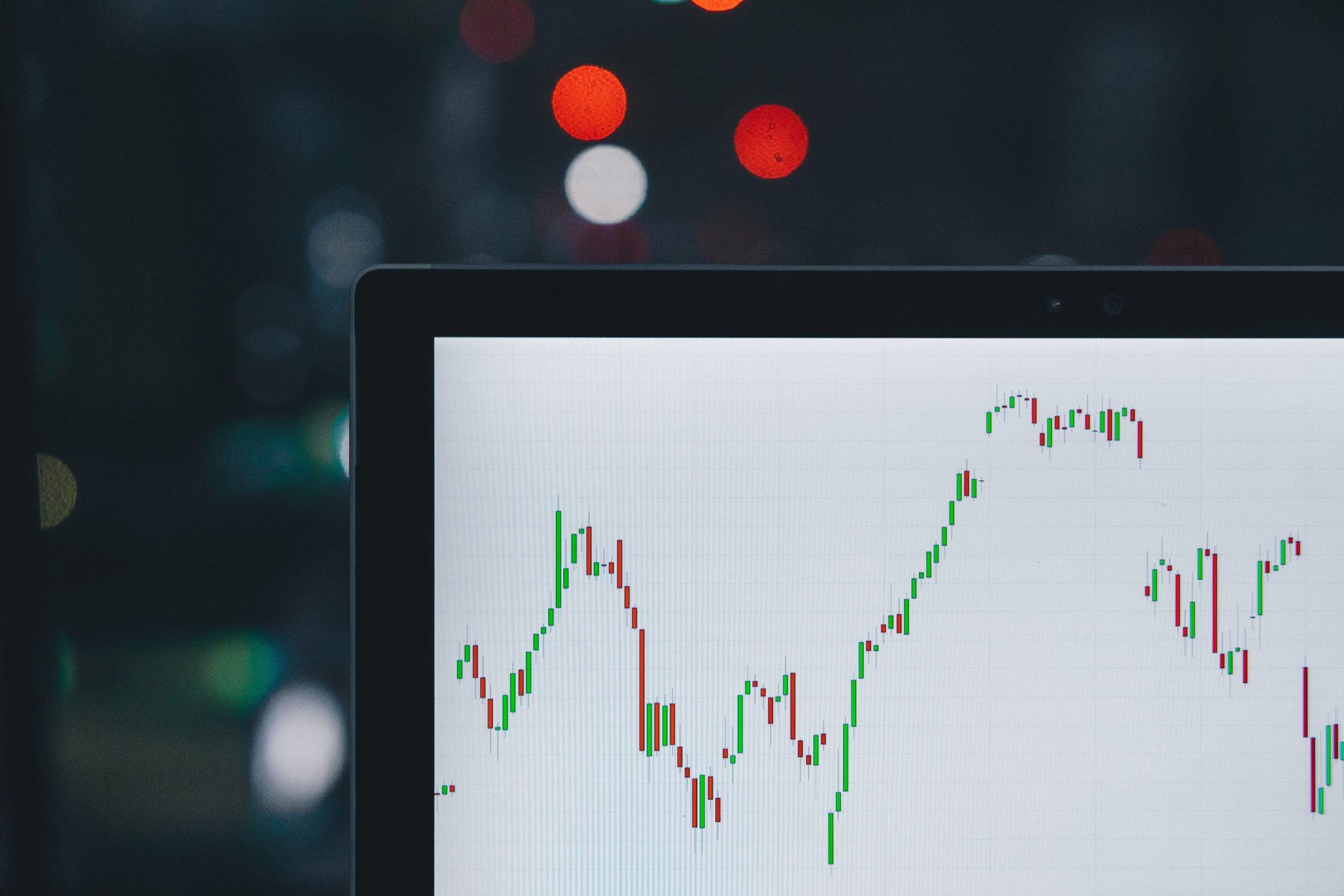 bourse, bourse, valorisation, valorisation boursière, survalorisation, stock market, valorisation des bourses, actions, taux, finance, obligations, trader, trading, banques, banque, banking, survalorisation des bourses